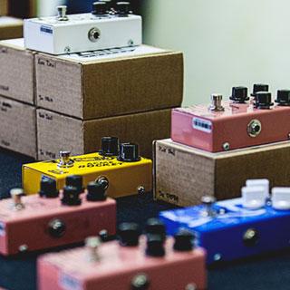 Pedals Color your sound: Clicca sull'immagine e scopri la nostra linea di effetti per chitarra