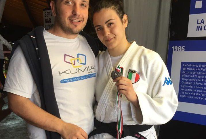 qualizza-ilaria-campionati-italiani-juniores-judo-2018-kumiai-2-e1526373318433-716x484
